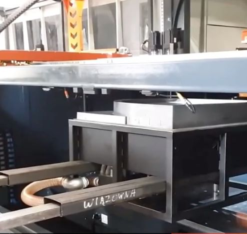 Preparing machine and production of shower tray